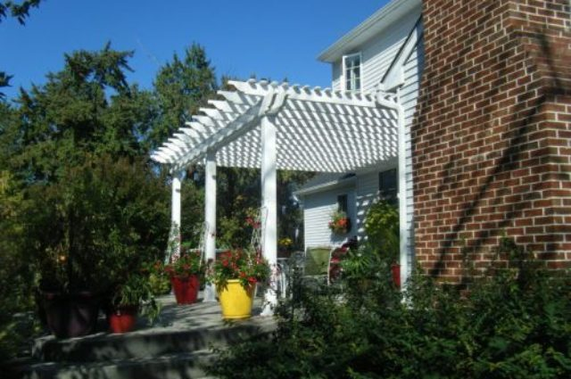 white vinyl pergola for sale in Chadds Ford PA