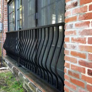 curved black aluminum railing posts