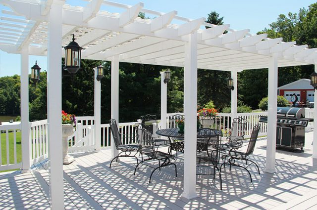 Pergola Ideas: Attached and Free Standing