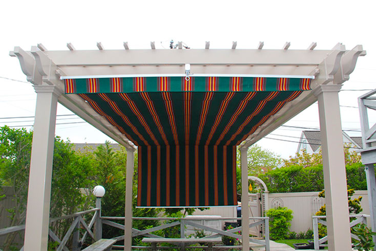 free standing pergola with canopy