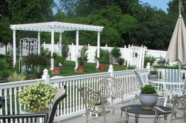 Backyard Pergola Styles & Color Ideas for Every Aesthetic