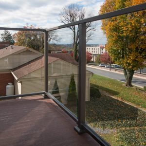 glass deck railings with aluminum posts