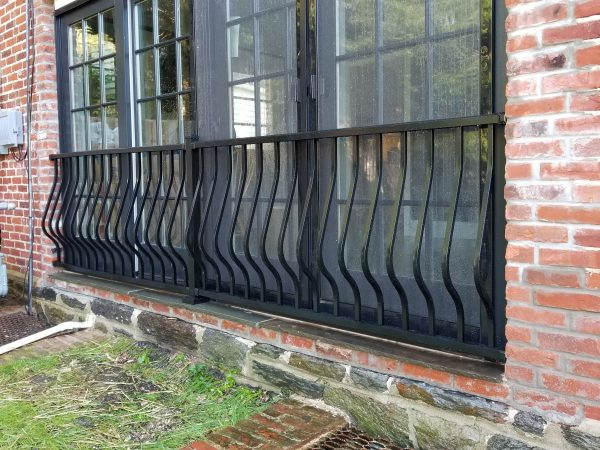 montego curved black aluminum window railing