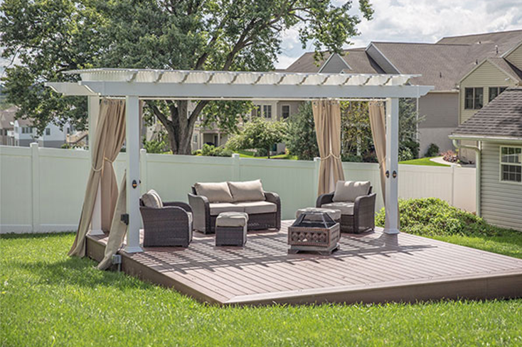 private poolside pergola idea