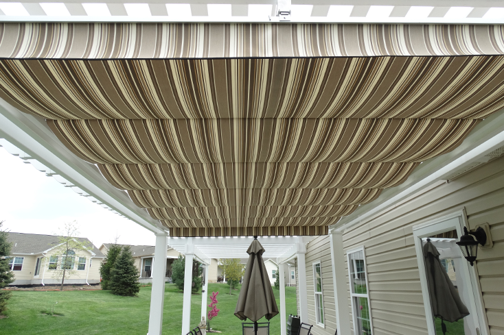 small patio pergola with shade