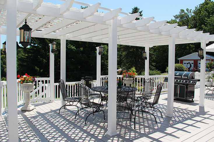 building your own dining area pergola
