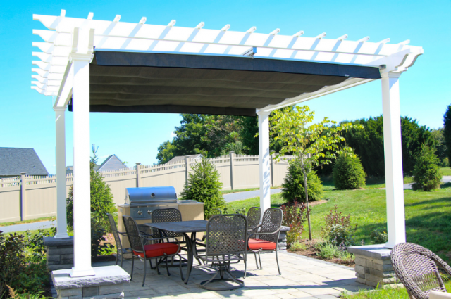 Garden Pergolas: Ideas & Must-Have Features