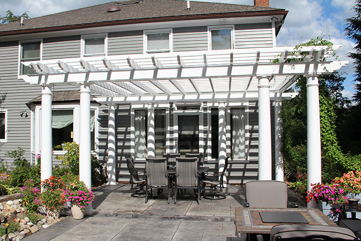 difference between a pergola and a pavilion